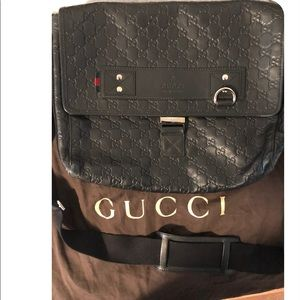 cb914feb863 Men s Gucci Bags Used on Poshmark